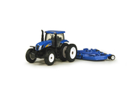 NH t7040 with mower  13781